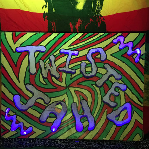 TWISTED JAH Blazing Swan